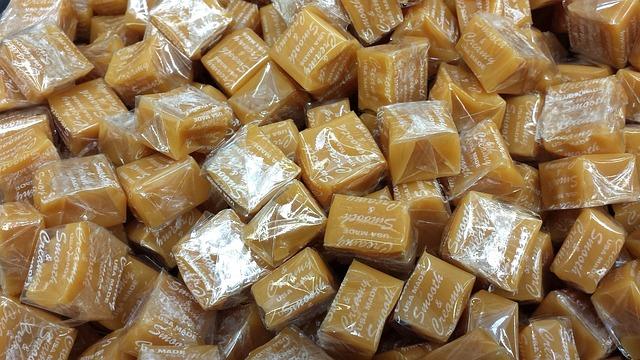 candies-622096_640