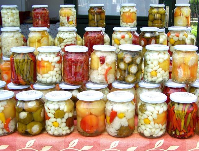 homemade-pickles-699992_640
