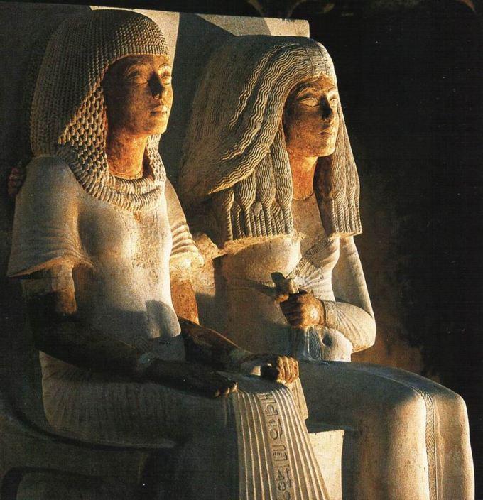 meryre-akhenaton-et-epouse-iniuia (1)