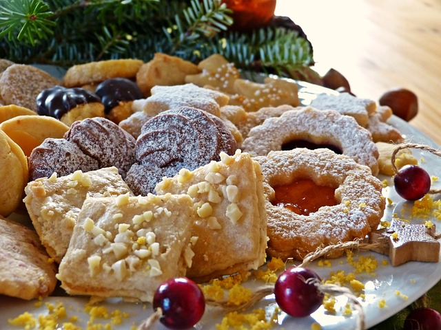 christmas-cookies-1864668_640
