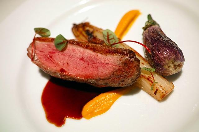 restaurant-1763081_640