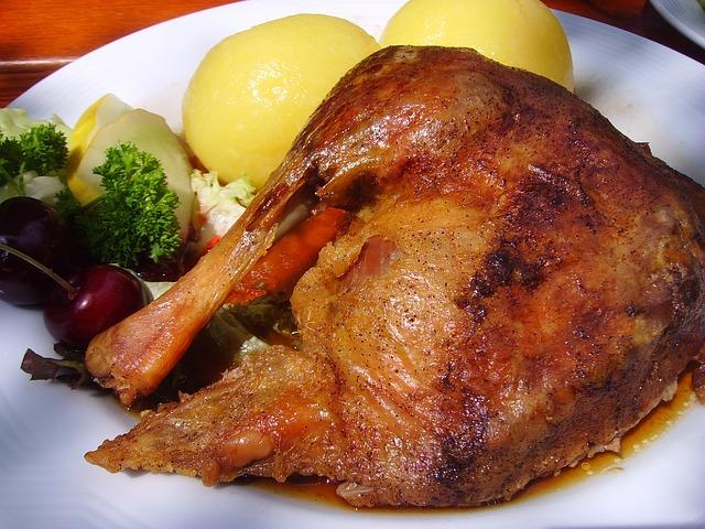 roast-goose-1826465_640