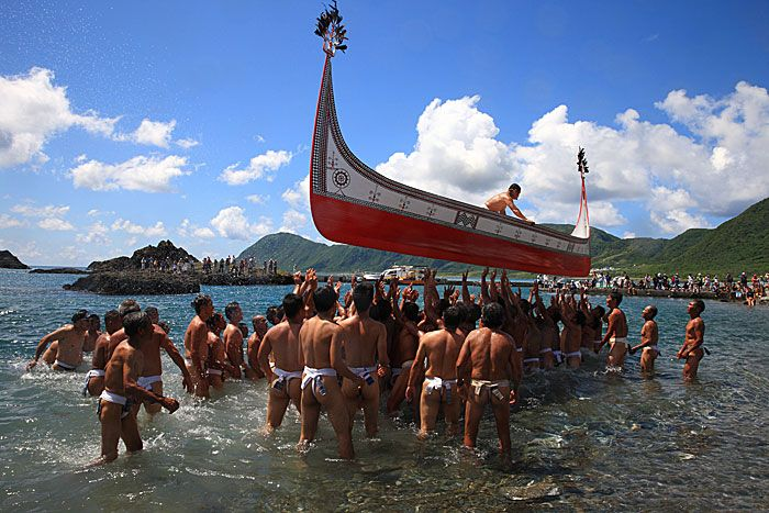 pirogue-joly-boats-porte-en-masse